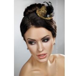 Cappellino dorato lucido con fiocco e piuma